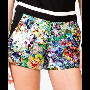 Forever 21 Dressy Floral Shortie Shorts Sz S